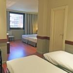 Habitación con 4 camas