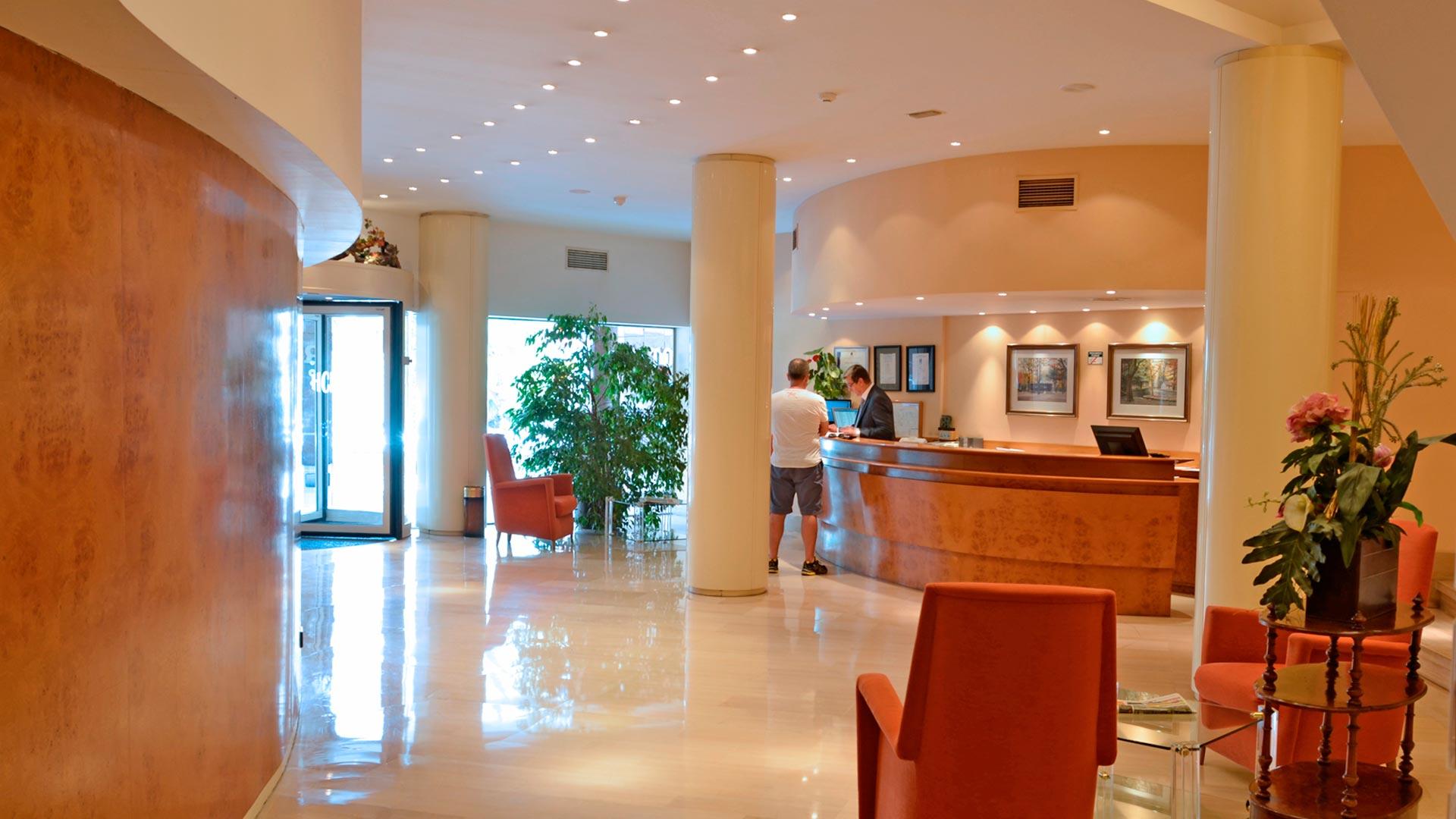 Recepción Hotel Carlton